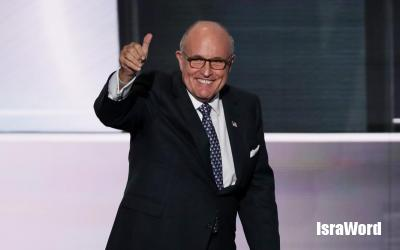 577291820-former-new-york-city-mayor-rudy-giuliani-gives-a-thumbs.jpg.CROP_.promo-xlarge2.jpg (41.82 KB)